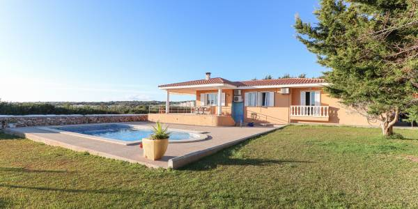 Villa for sale in Son Ganxo, Menorca