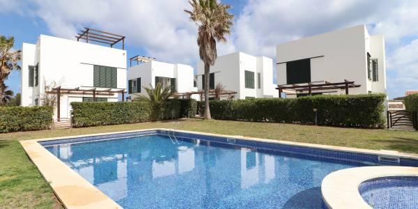 Villa for sale in Punta Grossa, Menorca