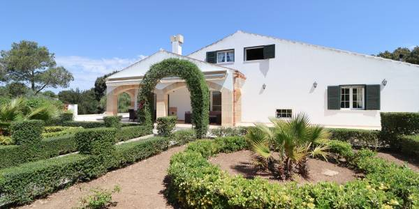 Country house for sale in Alaior, Menorca