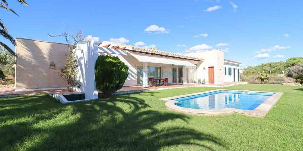 Villa for sale in Binidali, Menorca